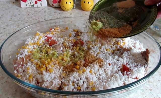 рис с приправой
