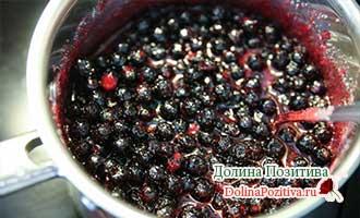 варенье из черноплодки на фруктозе варится