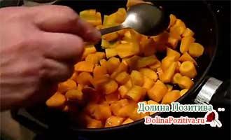 морковка жарится