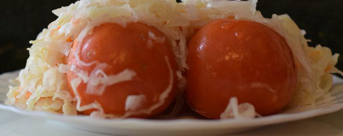 капуста с помидорами в банках на зиму
