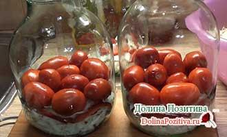 капуста с помидорами в банке