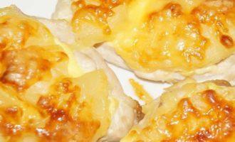 курица с ананасом и сыром в духовке