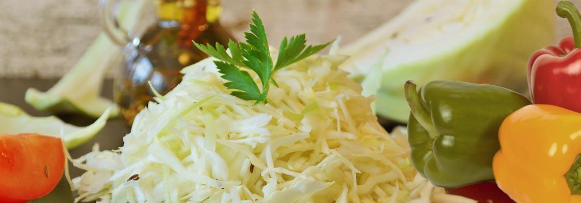 Салат с капустой и болгарским перцем на зиму – 6 рецептов