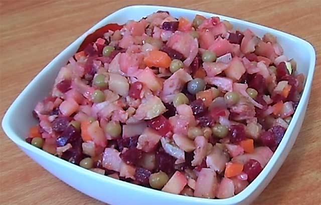 салат из груздей и свежей капусты